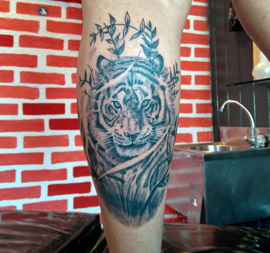 Tatuagem Realista Preto e Cinza
