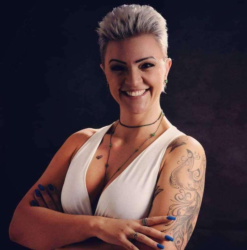 Cláudia Fabiano
